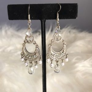 Jewelry - Silver Crystal and pearl silver boho earrings